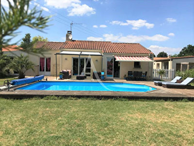 ST PHILBERT DE GRAND LIEU 120M²